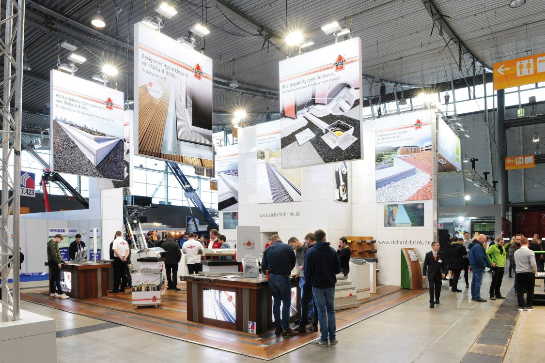 Richard Brink presented its extensive product range across its 100 square metre booth area.